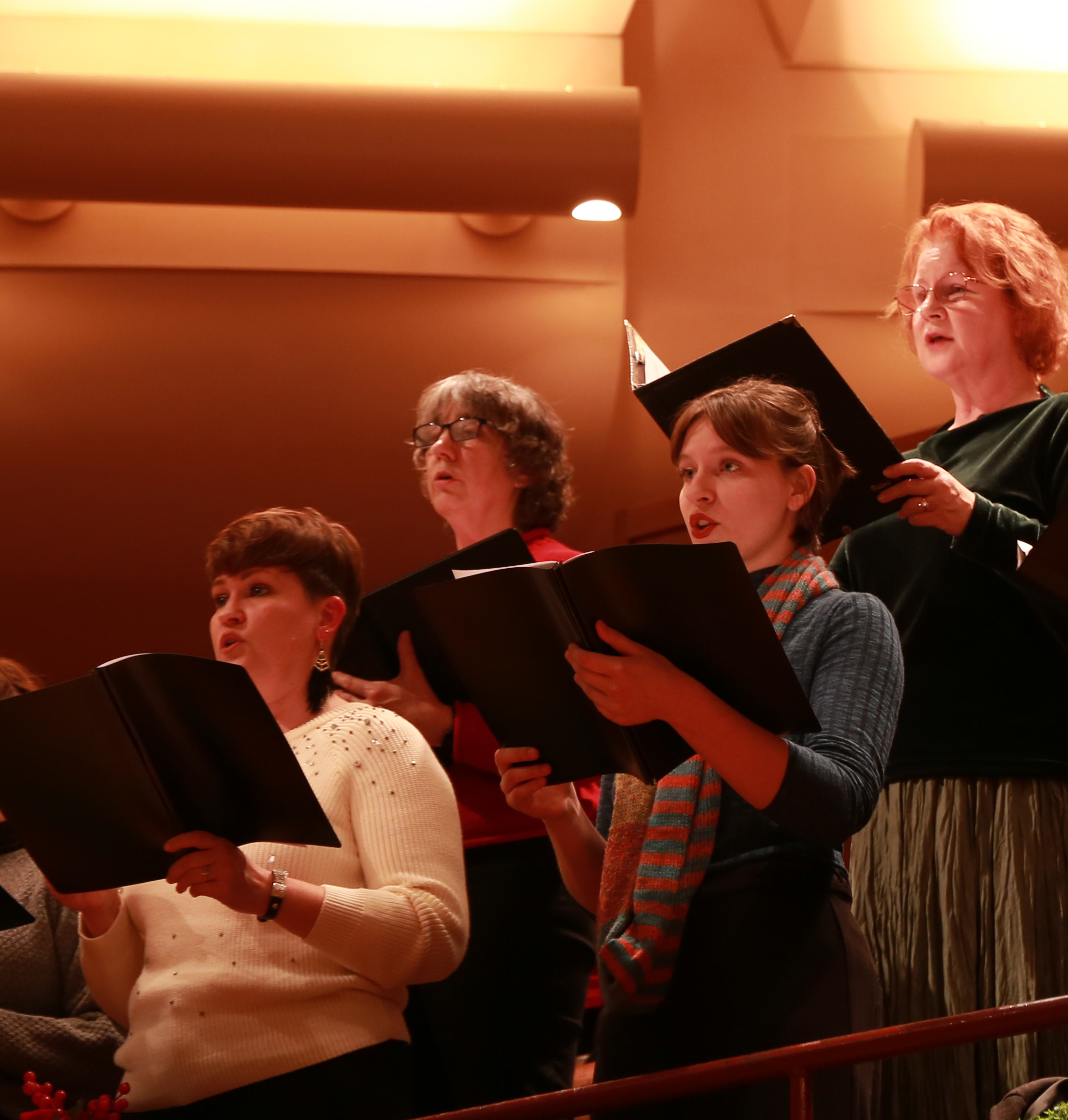 Audience Chorus 1