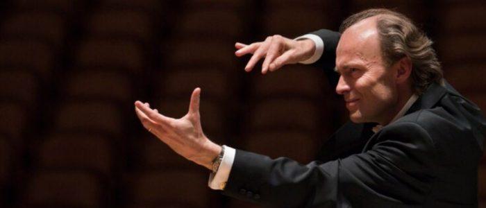 Audience Chorus mentor Ragnar Bohlin